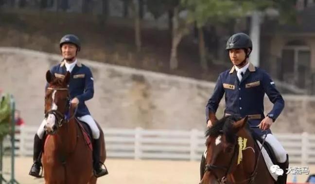 中国首对有望同时征战奥运会的马术父子兵:李振强&李耀锋