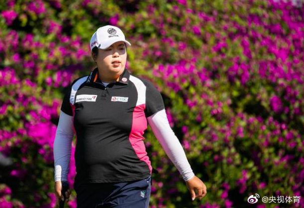 女子排名:高真荣继续稳坐榜首位置 珊珊23刘钰35