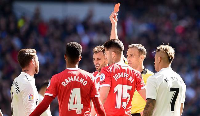 拉莫斯被罚红牌