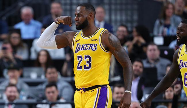 新浪体育评NBA现役50大TOP5:詹姆斯仍是第一人