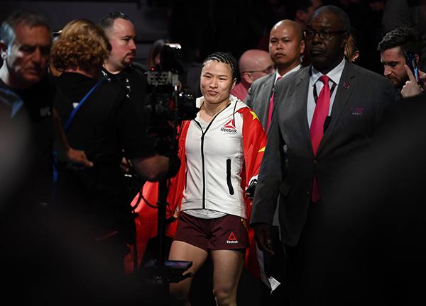 2019年3月2日,张伟丽战胜特西娅·托雷斯,斩获UFC三连胜。本文图片均来自东方IC