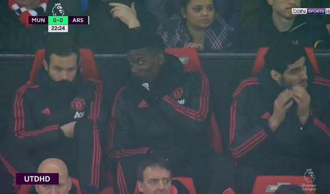 博格巴坐上板凳