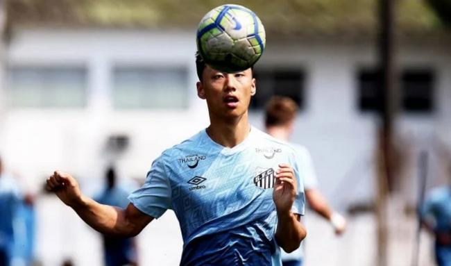 【博狗体育】中国球员肖俊龙签约巴西桑托斯 贝利内马尔从这走出