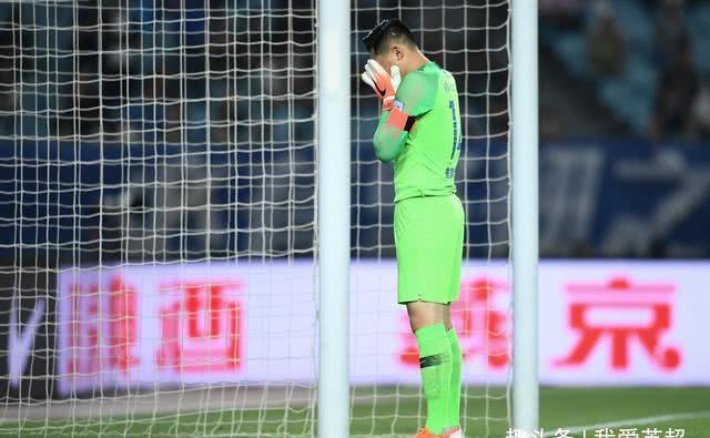 王大雷因伤势退出国足选拔队集训