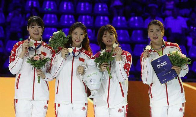 中国女重去年世锦赛夺冠