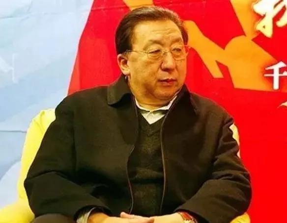 中国乒乓球队原总教练许绍发
