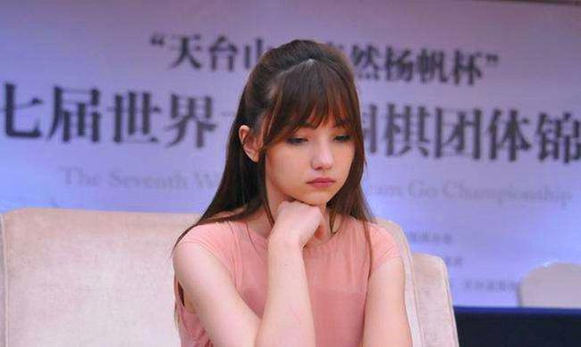 女子围甲热身赛第6轮赛果:芮乃伟胜李赫
