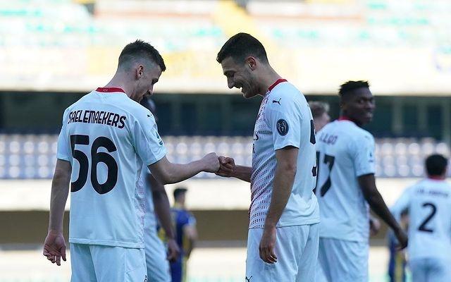 意甲-AC米兰客场2比0战胜维罗纳 积分榜上紧追国米随后