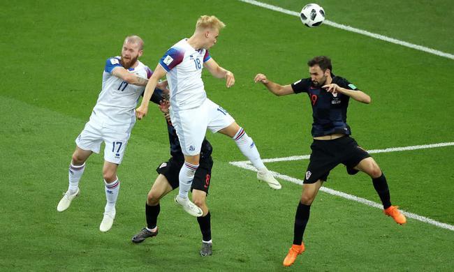 世界杯-克罗地亚上半时平冰岛 居即时积分榜首位
