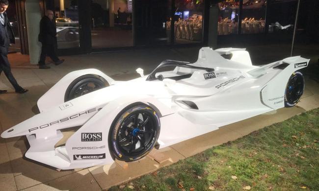 保时捷将于明年3月测试他们的始款全电动赛车