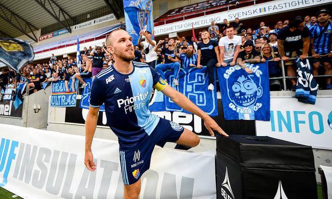 曝瑞典国脚中卫加盟大连人 签约3年转会创母队纪录
