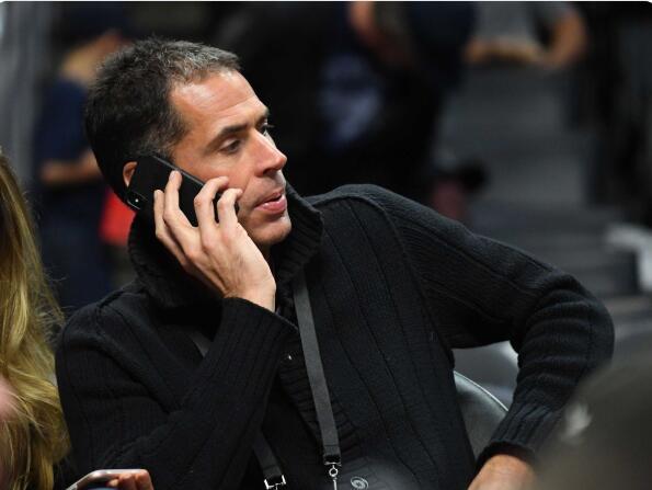 亚博:湖人总经理考虑交易4号签!下赛季要巨大成功