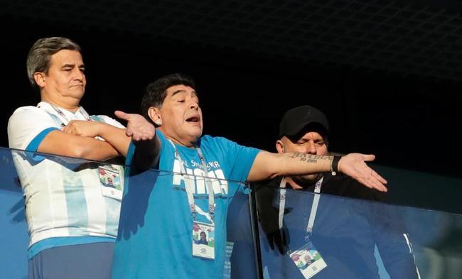 马拉多纳评阿根廷