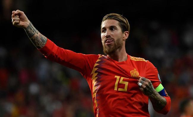 西班牙全胜领跑
