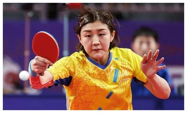 全运女团决赛-陈梦首局丢4局点 连扳3局逆转王艺迪