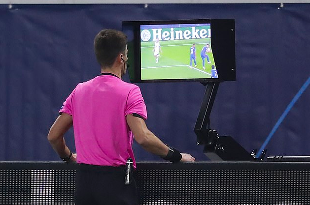 手球新规不合理!欧足联主席致信FIFA:改回来吧