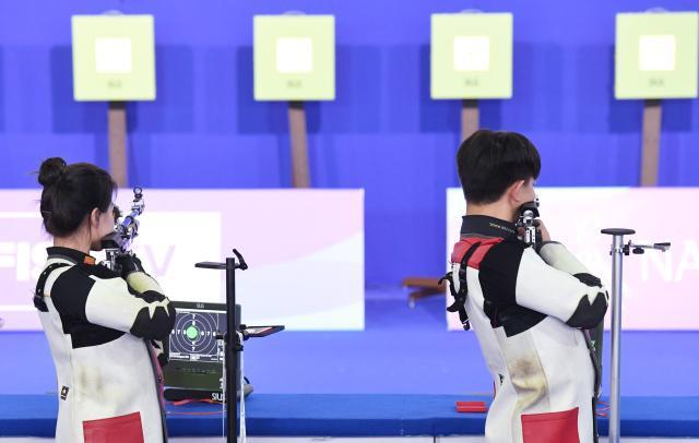 大运会混合10米气步枪 中国惜败俄罗斯无缘奖牌