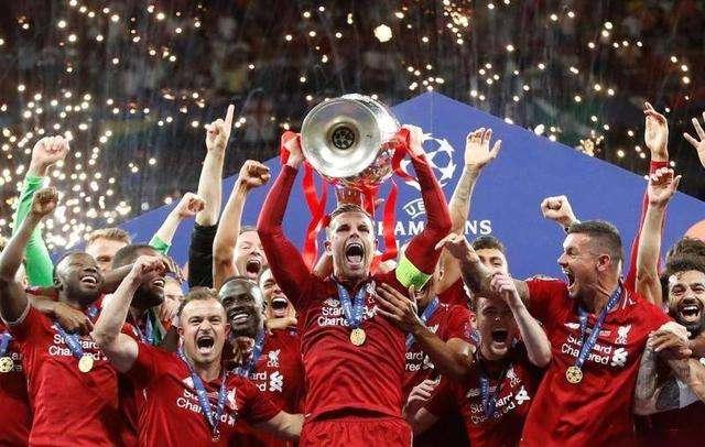 卫冕冠军利物浦打响淘汰赛