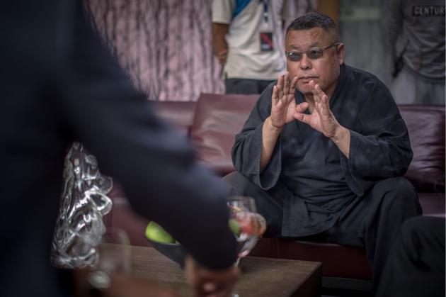 名导高群书发问:中国足球为什么不行?睡不着觉