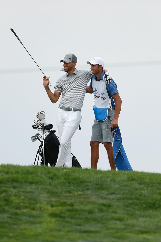 库里再次参加高尔夫职业赛事 下周出战美巡二级赛