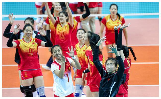 军运会中国女排3-0加拿大 三连胜小组第一进四强