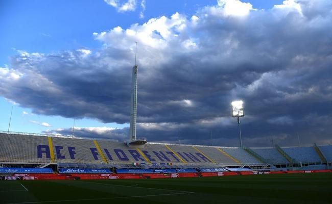 意大利热身赛首发:沙拉维任队长 萨索洛中锋首秀