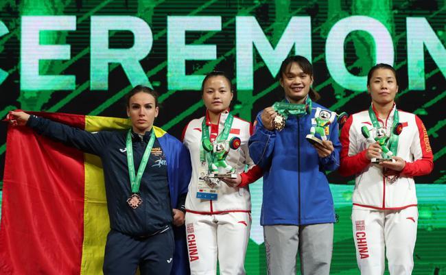 世锦赛55公斤级颁奖仪式