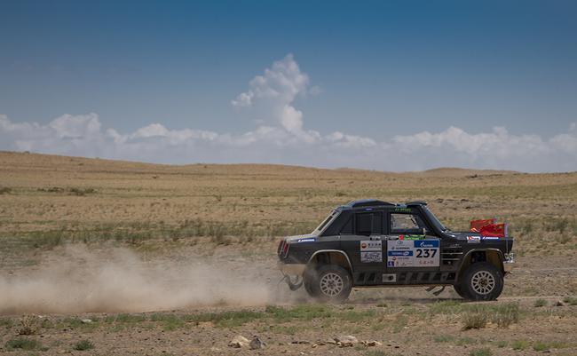 丝绸之路拉力赛SS6:重逢蒙古
