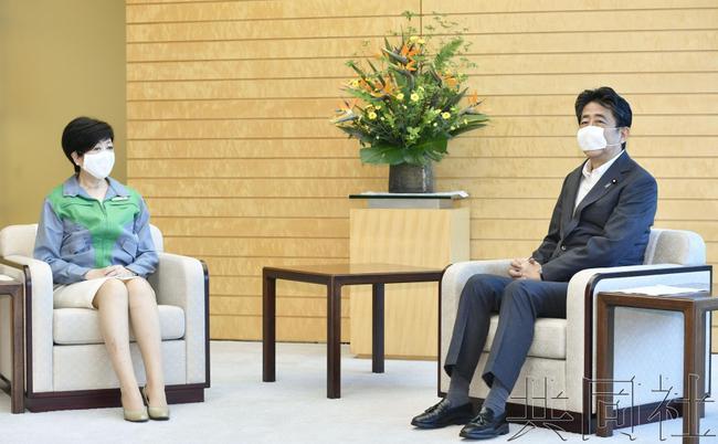 小池百合子连任东京都知事 IOC主席巴赫表示祝贺