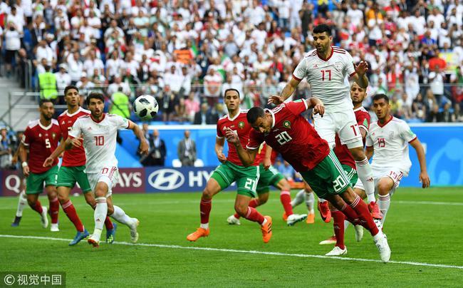 俄世界杯第一粒乌龙球诞生!