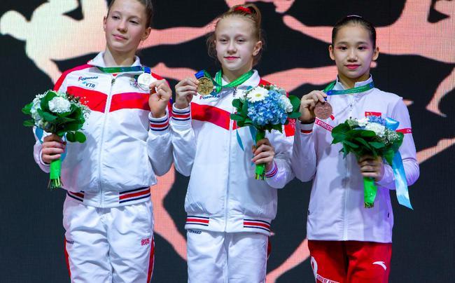 欧钰珊获得全能铜牌