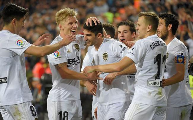 瓦伦西亚3-1取胜
