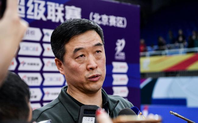 北京女排主教练张建章