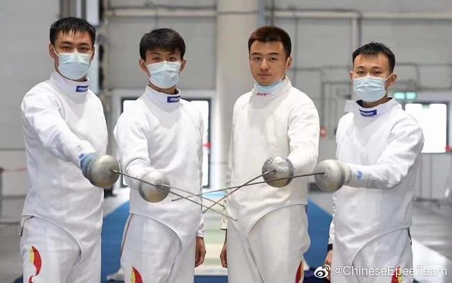 冲击奥运国剑三演惊险大戏 最叫绝还不是女佩男重