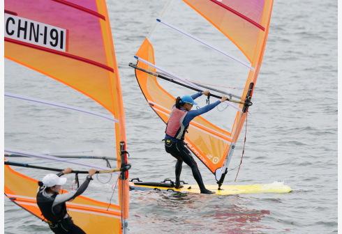 全国帆板锦标赛秦皇岛开赛 17省市150人参加比赛
