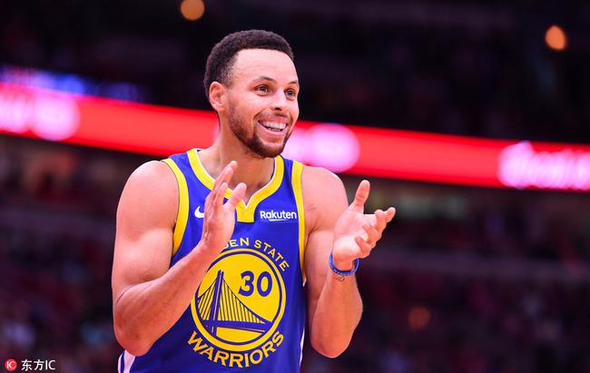 【影片】Curry歐洲步+彈地打板進球!球迷笑稱:Curry從來都不會專心練三分!-Haters-黑特籃球NBA新聞影音圖片分享社區