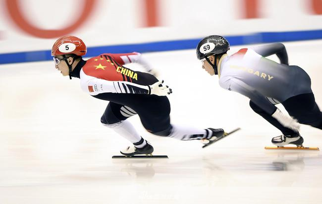 武大靖在名古屋站1000米比赛中