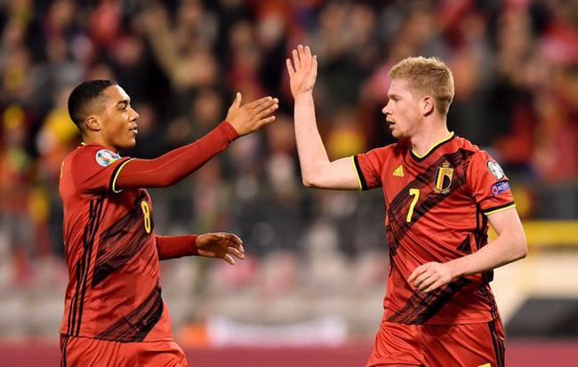 欧预赛-德布劳内2球1助攻 比利时6-1夺10战全胜