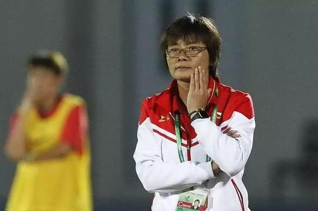 水庆霞现在是上海女足主帅