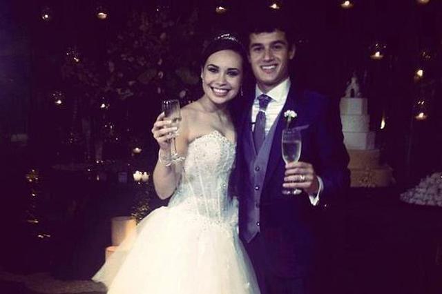 库蒂尼奥与葡萄牙人安妮结婚