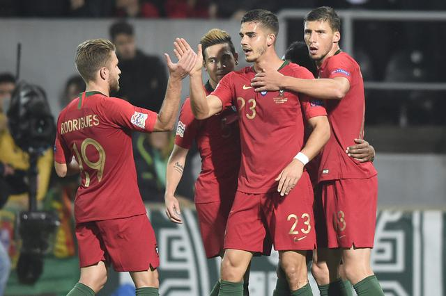 欧国联-葡萄牙1-1波兰 A席破门