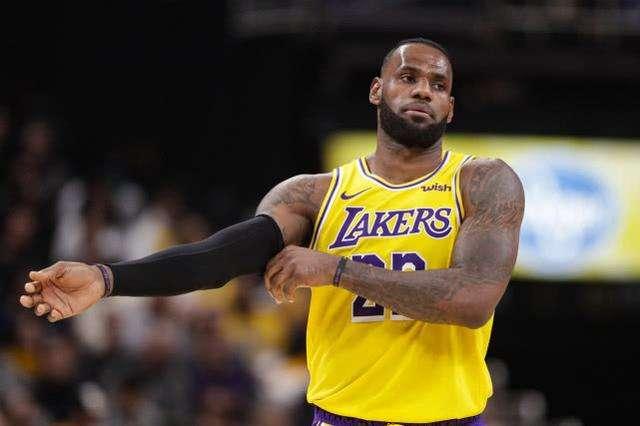 NBA各时代领军球星盘点!近十年詹皇无悬念?