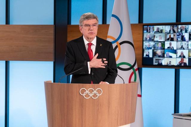国际奥委会主席:足球将是走出隧道的第一道曙光