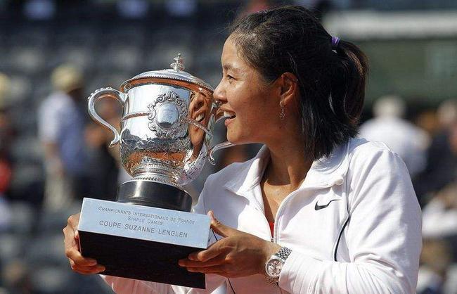 """李娜把中国网球带入""""快车道"""""""