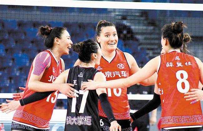 女排联赛外援人数升至5人 北京外援迪克森亮相