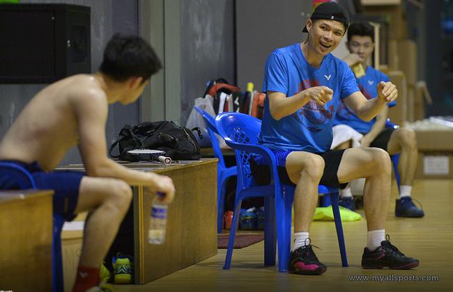 黄综翰:大马双打目前是一对一训练 希望尽快恢复