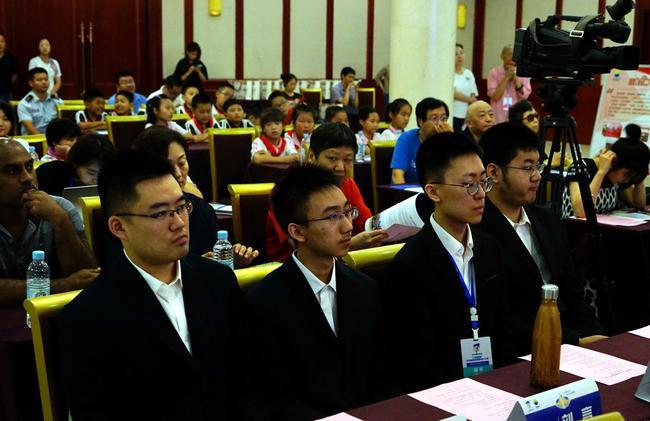 四位参赛的中国棋手