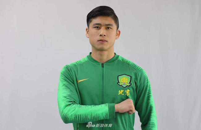 张玉宁被两支国字号球队选中