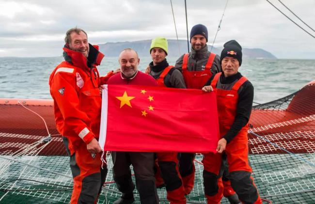 """郭川和""""青岛号""""hg0088如何注册体大帆船,开启了人类首次hg0088官网北冰洋帆船之旅"""