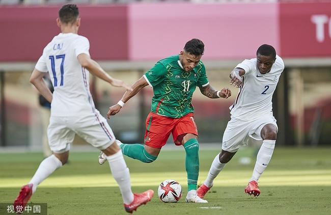 奥运男足-法国1-4墨西哥遭遇开门黑